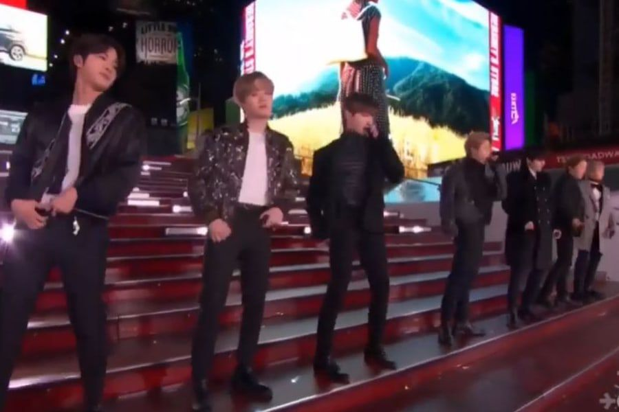 "BTS Trends Worldwide After Performing On ""Dick Clark's New Year's Rockin' Eve"""