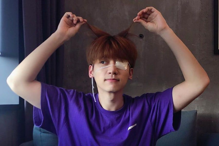 Update: VIXX\'s Hyuk Reassures Fans About Recovery After Eye ...
