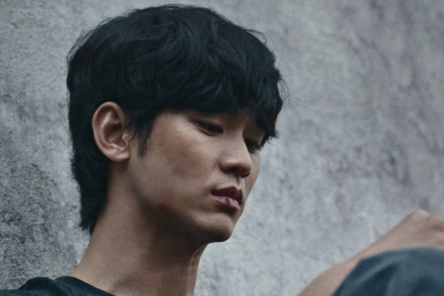 """Kim Soo Hyun Is Engulfed By Despair After Becoming A Murder Suspect Overnight In """"One Ordinary Day"""""""