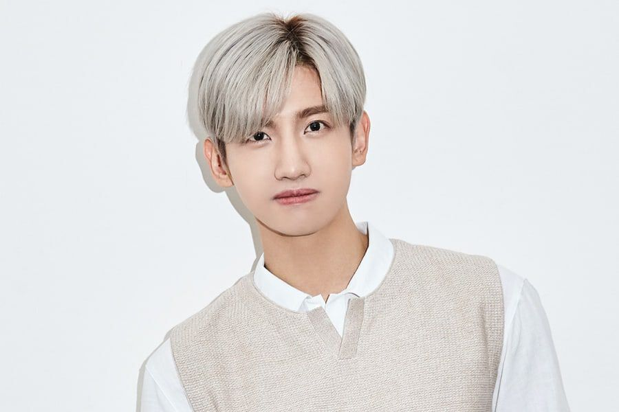 "TVXQ's Changmin Tops iTunes Charts All Over The World With Solo Album ""Chocolate"""