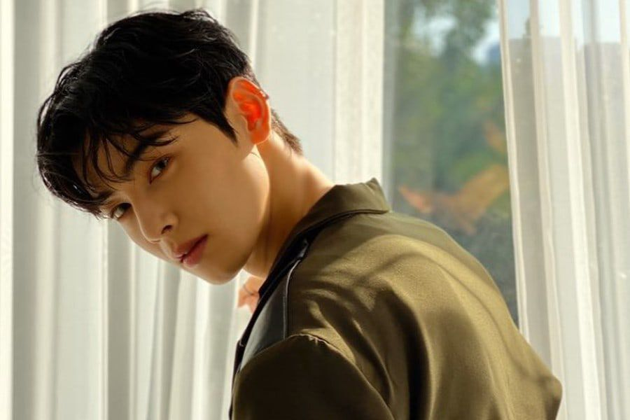 ASTRO's Cha Eun Woo Talks About His Ideal Type And Younger Brother
