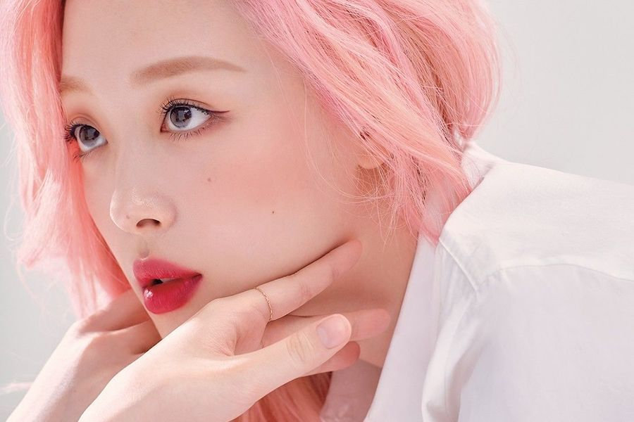 Celebrities Express Sorrow Over Sulli's Passing