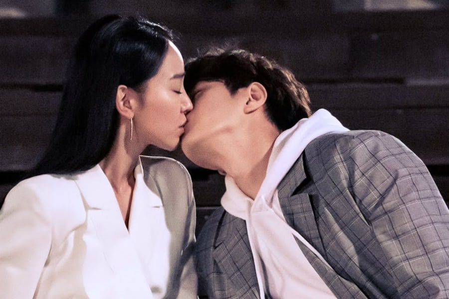 """Watch: INFINITE's L And Shin Hye Sun Are Carefree While Filming Kiss Scene For """"Angel's Last Mission: Love"""""""
