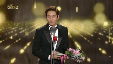 The Winner of 2015 Drama Awards Daesang: 2015 SBS Drama Awards