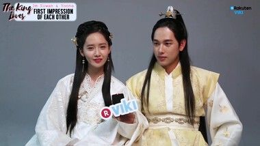 Exclusive Interview with Im Siwan and Yoona: El amor del rey