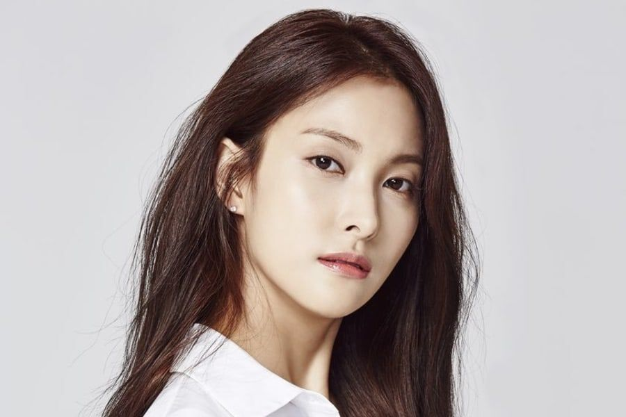 Former KARA Member Park Gyuri Confirmed To Be In Relationship With Non-Celebrity