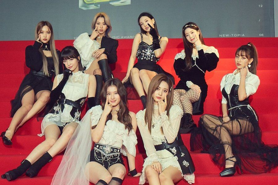 """TWICE Delights With Plans To Release New Song """"Cry For Me"""" After 2020 MAMA Performance"""