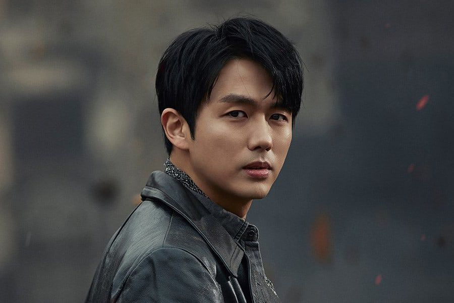 Im Seulong Signs Exclusive Contract With Jellyfish Entertainment