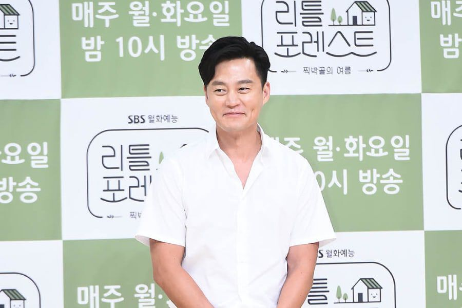 "Lee Seo Jin Jokes He Will Never Get Married After ""Little Forest"""