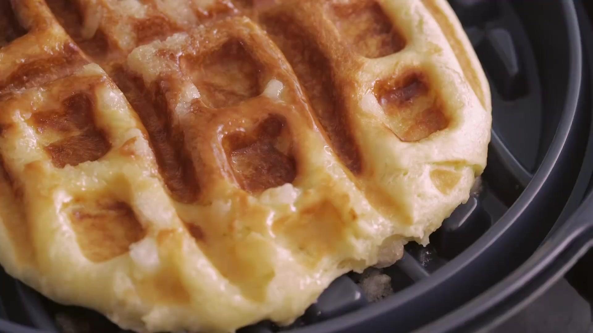 Honeykki Episode 187: Liege Waffles [Honeykki]