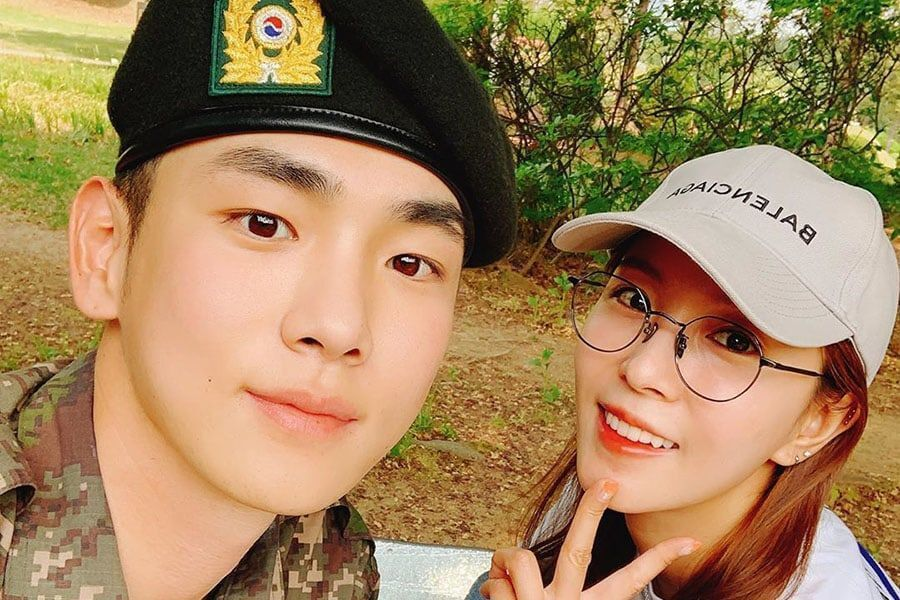 BoA visita a Key de SHINee en el ejército