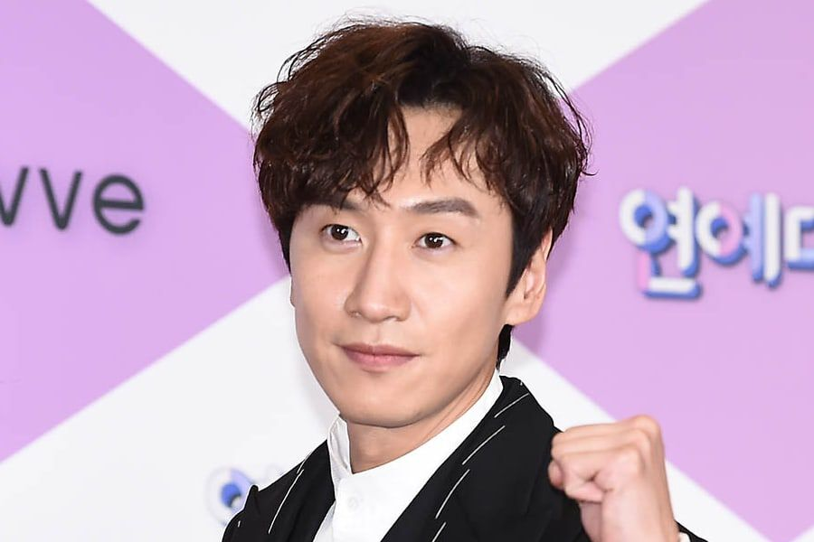 "Lee Kwang Soo Suffers Injury In Car Accident + To Take Break From Activities Including ""Running Man"""