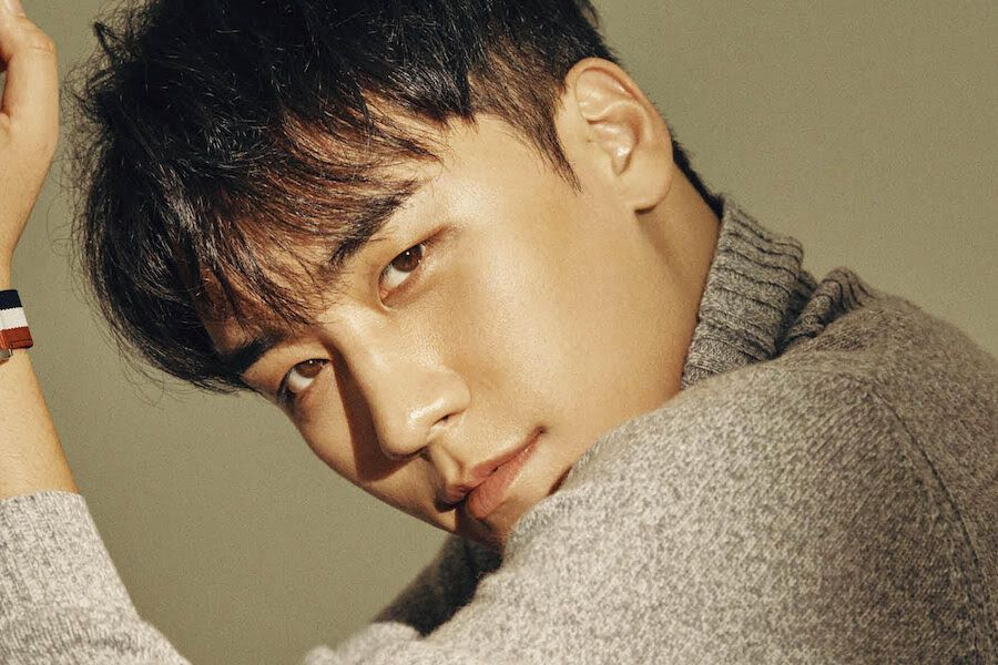 Seungri Gives Statement To Police On Connection To Senior Police Officer