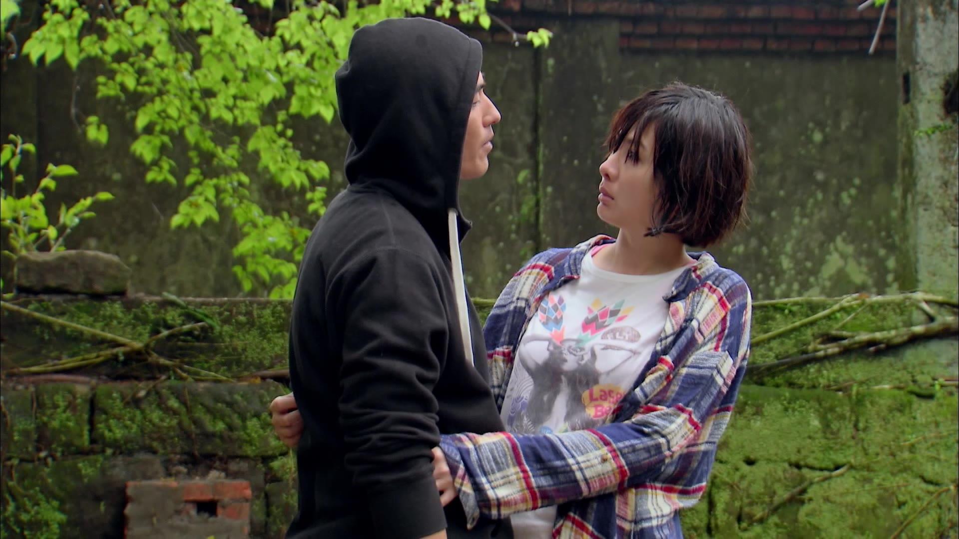 Yao Qi and Ji Wei's Rain Kiss: Apple in Your Eye