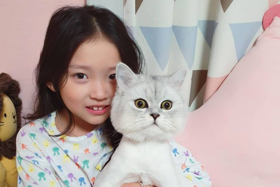 Child Actress Koo Sa Rang Requests To Step Down From Program Due To Recent Matters