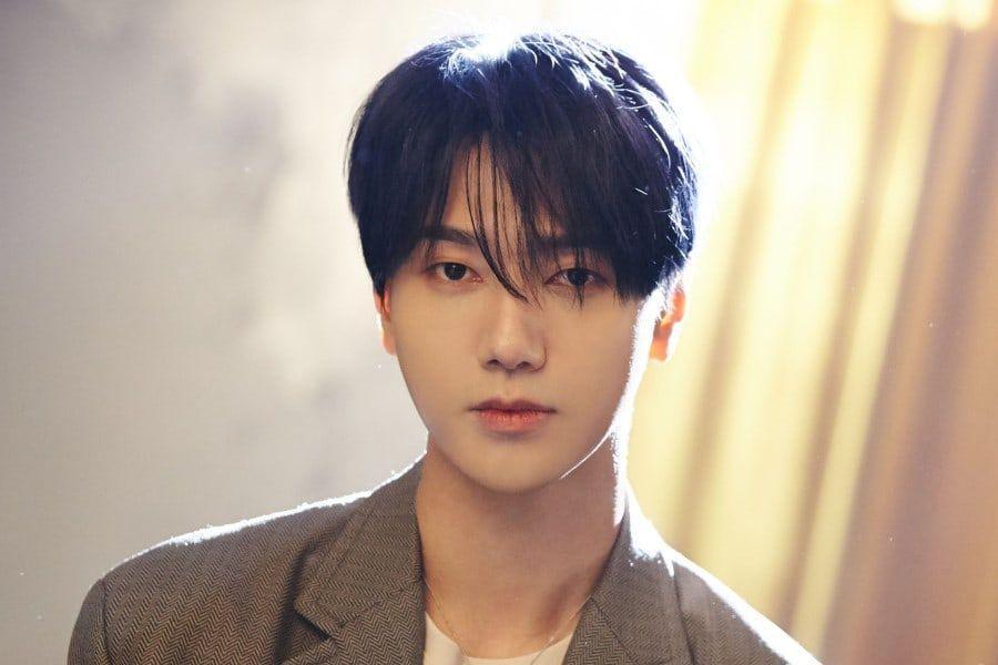 "Super Junior's Yesung Tops iTunes Charts Around The Globe With ""Beautiful Night"""